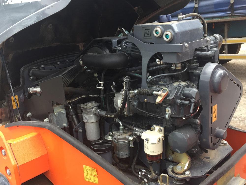 悍马HD12VV